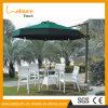 スタック可能藤の庭の屋外の家具のレストランによって使用されるアルミニウム藤の柳細工表および椅子