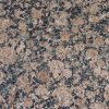 自然な石造りの平板の花こう岩の床のバルト海のブラウンの花こう岩のタイル