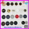 Пластичные кнопки для пальто повелительниц