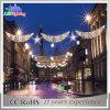 Festivo ao ar livre (lua e estrelas) através das luzes do motivo da decoração do diodo emissor de luz da rua
