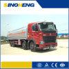 De Vrachtwagen, de Benzine of de Diesel die van de Tanker van de brandstof Vrachtwagen Vervoer