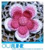 Zwei-Schicht Häkelarbeit-Blume mit Weinlese-Art-Knopf (CF-0004)