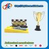 Het hete Verkopende Spel van Autorennen met het Plastic Stuk speelgoed van de Trofee voor Jong geitje