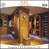 Прогулка цвета Antique мебели N&L в деревянном шкафе