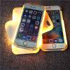 iPhone 6/6plusのためのLumeeの懐中電燈のパソコンの可動装置か携帯電話の箱