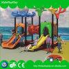 Tipo plástico campo de jogos ao ar livre dos miúdos com balanço e corrediça