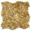 Pavimentando a mini pedra amarela do mosaico