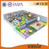 Крупноразмерное скольжение спортивной площадки с крытый играми для детей
