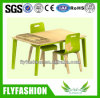 Cute en bois Popular Children Table et Chair (KF-02)