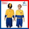 Reeks van het Voetbal van de Kinderen van het Embleem van 100% de Polyester Aangepaste