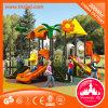 Im Freienspielplatz-Vergnügungspark für Kinder