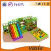 Equipamento 2015 interno do campo de jogos do parque das crianças de Vasia
