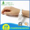 Wristband su ordinazione del silicone con dieci anni che fabbricano esperienza