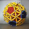 A esfera magnética confunde o ímã do Neodymium