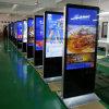 Suelo de 55 pulgadas que coloca la pantalla táctil de HD que hace publicidad para el almacén de cadena