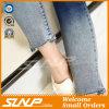 新しい方法女性のための穴が付いている高いウエストのジーンのズボン
