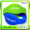 Promozionale! Cliente Design 13.56MHz /125kHz/UHF RFID Silicone Wristband