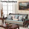 Insieme antico del sofà del tessuto con testo fisso intagliato di legno per il salone
