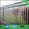 El hierro labrado usado capa negro del polvo, verde, azul adorna la cerca para la venta