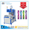 La machine de conditionnement d'ampoule de brosse à dents vient avec une fonction à haute fréquence de découpage