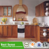 Модная приспособленная плоская мебель кухни