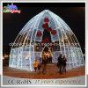 Iluminação ao ar livre do motivo do arco da decoração do Natal para o quadrado