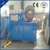 O CE opera convenientemente o frisador hidráulico da mangueira do projeto novo