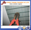 Cut PVC Coated High Security Wire Mesh Fencing에 어려운