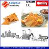 Nacho-Chips, die maschinelle Herstellung-Zeile bilden