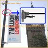 フラグ棒を広告している金属の街灯ポーランド人