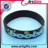 Concevoir le bracelet en fonction du client de silicones d'enfants de logo