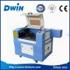 Mini precio de la máquina de grabado del laser del CO2 barato del sello de goma