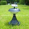 Angeschalten durch Sonnenkollektor-Rasen-Lampe