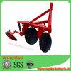 農業のすきをハングさせる農場ディスクすきのYtoのトラクター