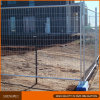 A cerca móvel provisória da segurança de Austrália apainela a fábrica