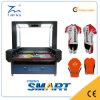 Máquina de estaca do laser da exploração da câmera do CCD do CNC do CO2 para o Sportswear da tela do Sublimation e o fato da impressão