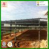 Taller industrial constructivo de la estructura de acero
