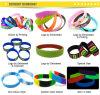 Vari Wristbands personalizzati del silicone con il disegno professionale libero ed i campioni