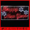 Las cartas encendidas LED para la Feliz Navidad ponen letras a la luz de la decoración
