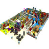 Strumentazione dell'interno commerciale del campo da giuoco dei bambini di tema della nave di pirata