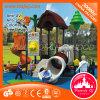 A casa de árvore do equipamento do jogo da criança estrutura o campo de jogos ao ar livre