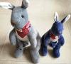 Kangroo a bourré des jouets de peluche de jouets