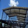 튼튼한 구조를 가진 2층 산업 강철 구조물