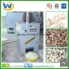 中国の乾燥したニンニクの野菜プロセス空気Conpressorの皮のピーラー機械