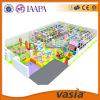 Parque 2015 interno do divertimento das crianças do tema dos doces do campo de jogos de Vasia