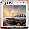 電気Longboardの自己バランスをとる魅惑的なスケートボード4つの荷車引き