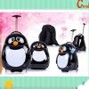 De zwart-witte Rugzak en het Geval van de Baby Pinguin