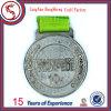 柔らかいエナメルメダルを実行するカスタマイズされた亜鉛合金のスポーツ