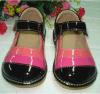 Яркие Tri покрашенные ботинки девушки пискливые
