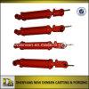 Cilindro hidráulico de cor vermelha para a maquinaria agricultural